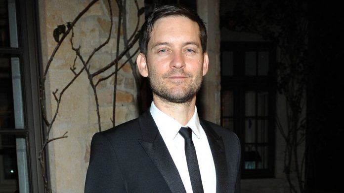 American Actor Tobey Maguire Wiki, Bio, Family, Age & Net ...