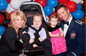 Kelly Frey with her Husband and Children's