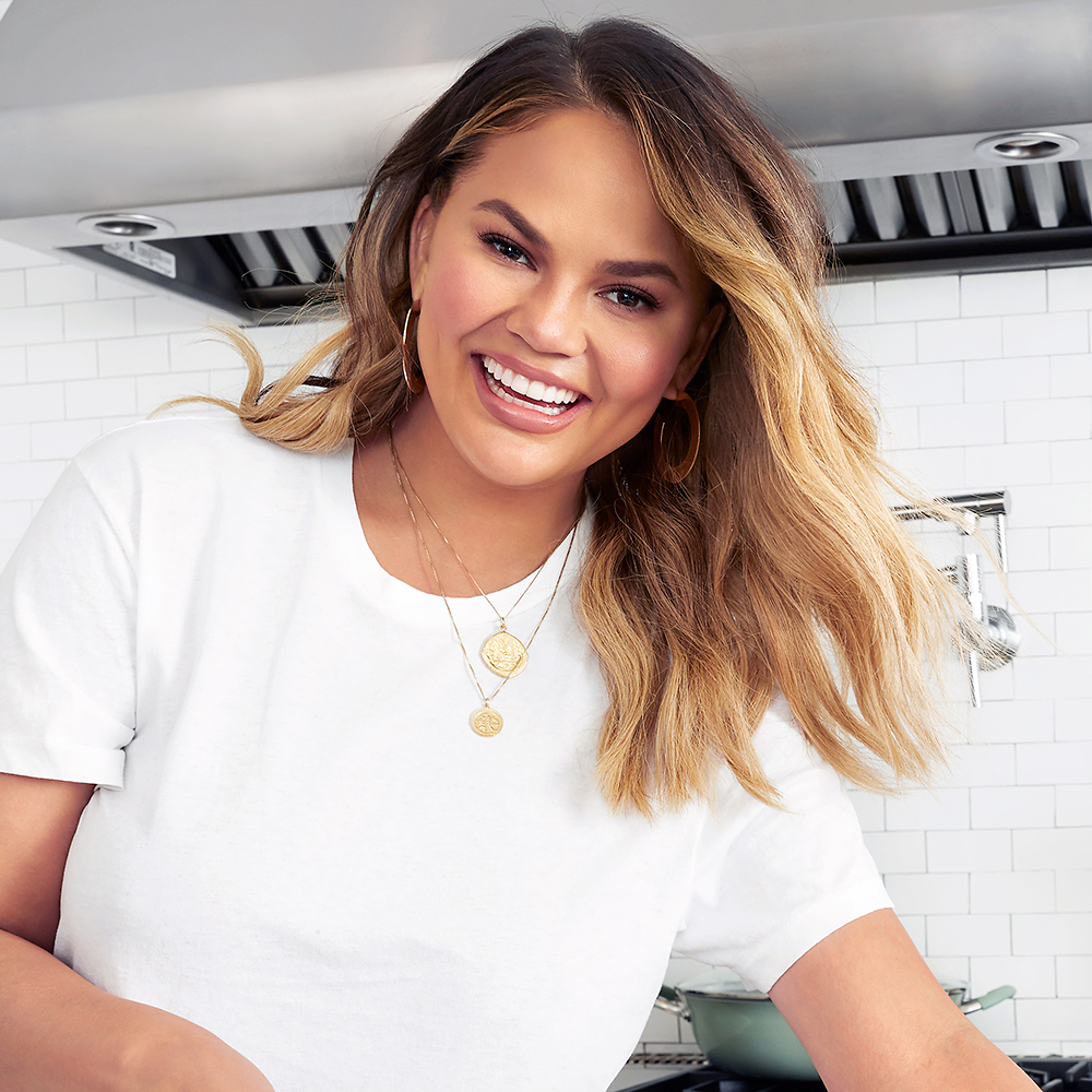 Chrissy Teigen Wiki, Bio, Age, Books, Children, Spouse ...