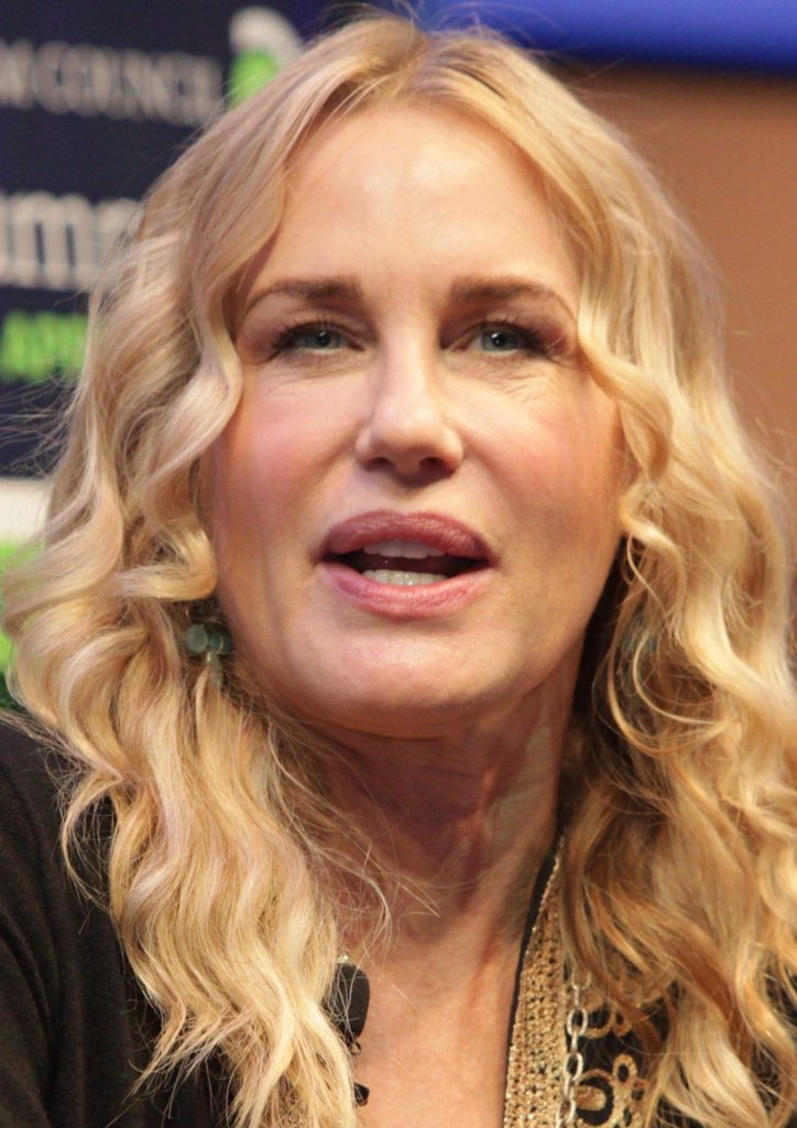 Actress Daryl Hannah Wiki, Bio, Age, Height, Affairs  Net -6738